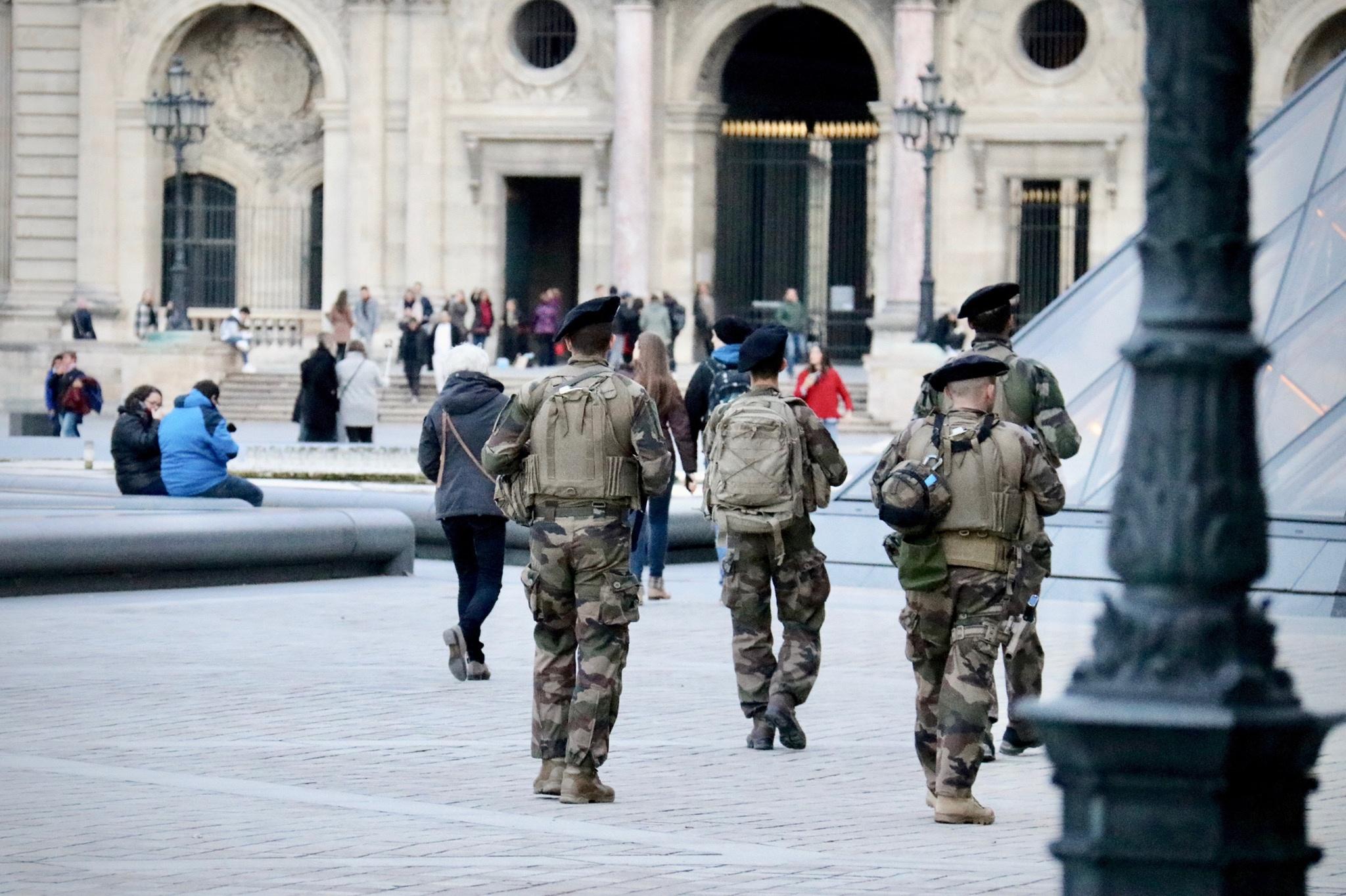 Loi anti-terrorisme : contrôle parlementaire et pérennisation des outils